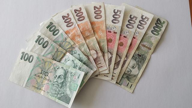 různé české bankovky